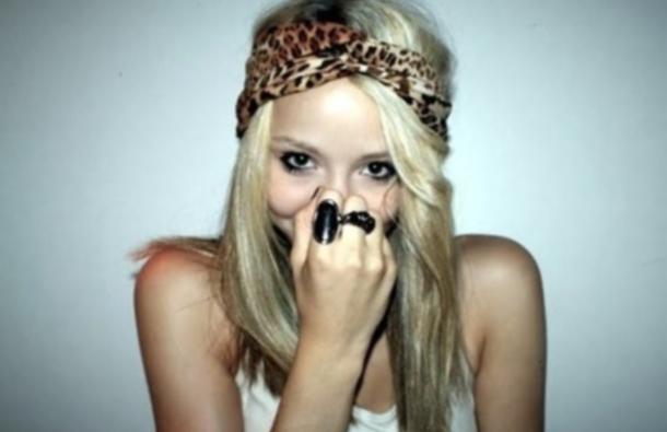 blonde hide plaisir du plaisir Ecouter quelques grincements et être heureux