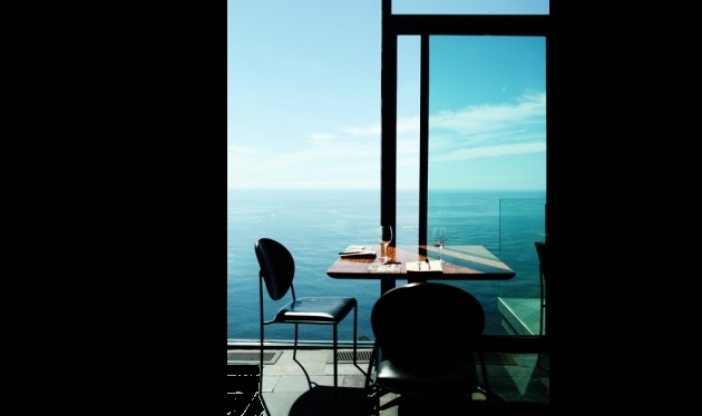 Plaisir du Plaisir sea blue table Les choses incroyables de lInternet moderne