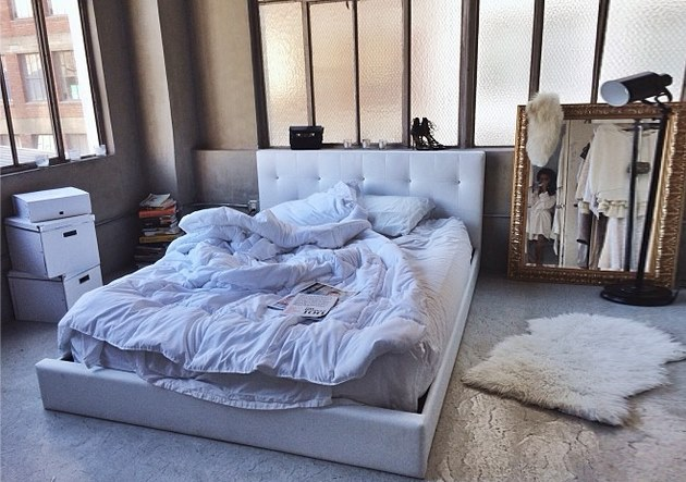 plaisirduplaisir du bed room white cool good sheet